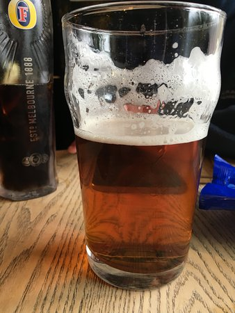 Edale, UK: Lovely proper Northern pin with froth