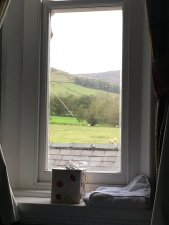 Edale, UK: Taken lying on my bed looking North towards the Pennine Way