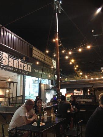 Sanfran Burger & Beer: Beefburger en Sanfran