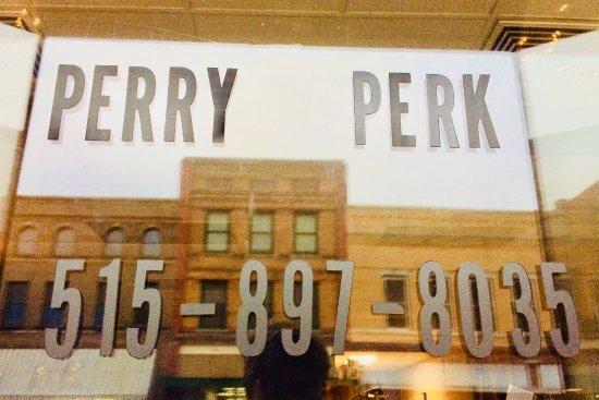 Perry, IA: Front Door