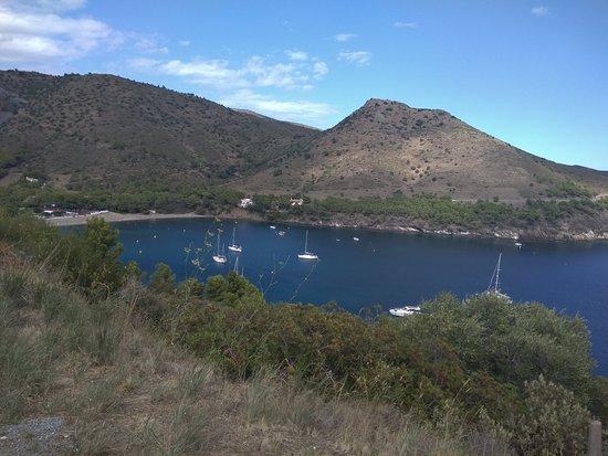 Foto de Cala Montjoi Ciudad de Vacaciones