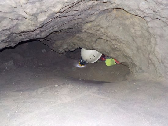 Canmore Cave Tours: Crawlilng on my belly and not knowing for sure when the passage was going to end!