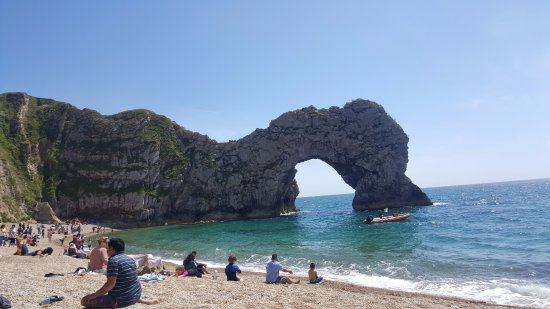 Dorset, UK: Amazing place for swimming, picnic, and sightsee