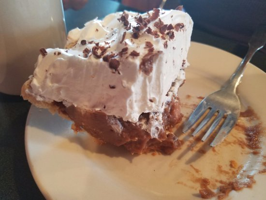 Winchester, IN: Remnants of a chocolate cream pie
