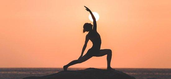 Treignac, Frankrike: Raja Yoga