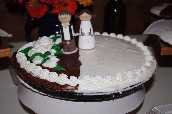 Yorkville, NY: Halfmoon cookie/cake