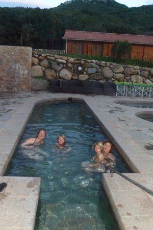 Plateau de Coscione: et bains d'eau chaude sulfureuse à 37° en fin de séjoure