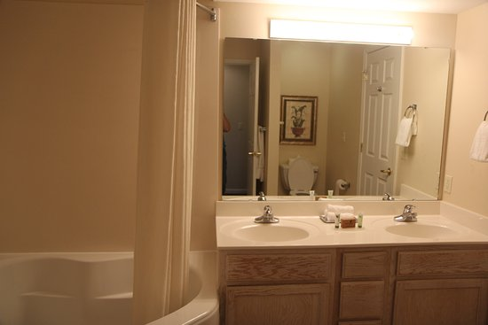 Suites at Fall Creek Picture