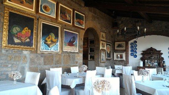 Ristorante Taverna del Falconiere: Sala da pranzo