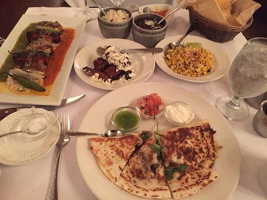 Besito Mexican Restaurant: photo0.jpg