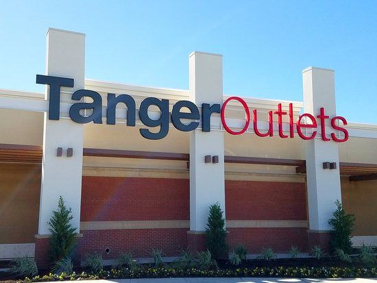 Tanger Outlets Fort Worth