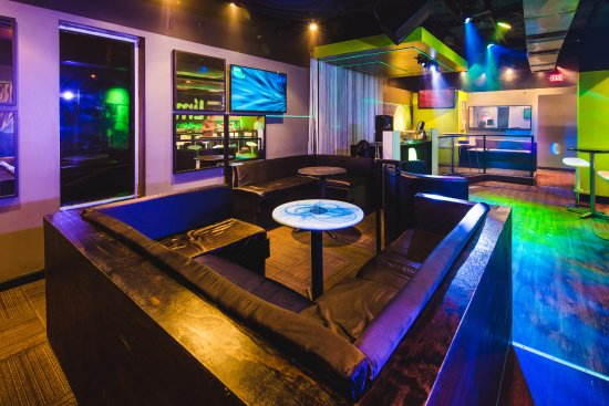 Des Moines, IA: Late nights have the feel of an upscale dance club in a small lounge format.