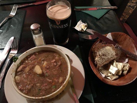 Bofey Quinns Bar & Restaraunt: photo1.jpg