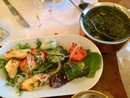 Old Saybrook, CT: Saag Peneer and mixed CHICKEN grill (not mixed meat grill which was a misnomer)
