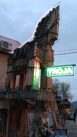 etno restoran troja novi pazar ile ilgili görsel sonucu