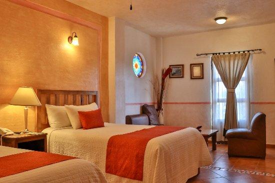 Suite familiar con recibidor en secci n familiar del for Hotel spa familiar