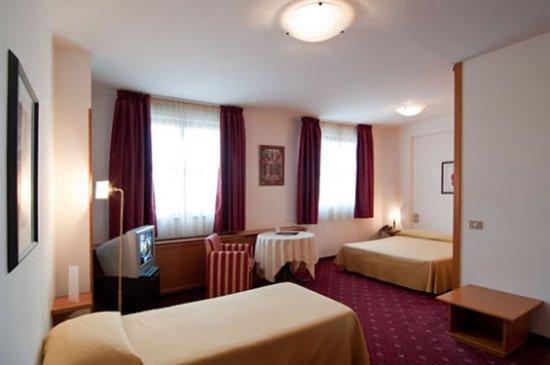 Hotel Perusia: Perusia Room VR