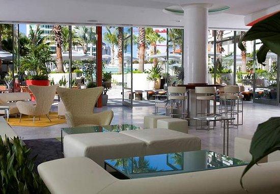 La Concha Renaissance San Juan Resort Hotel