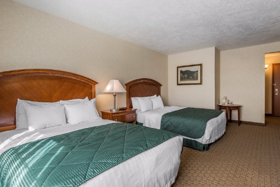 Fort Morgan, CO: Guest room with two beds