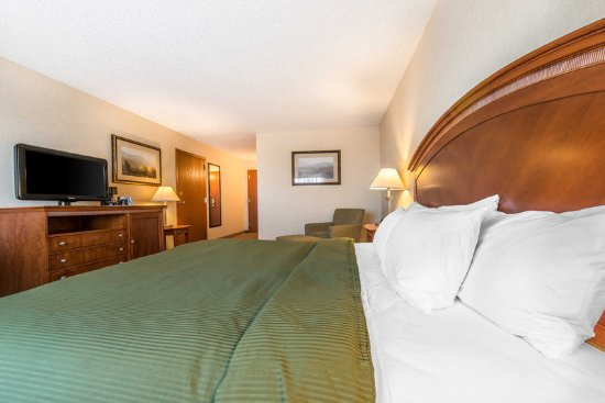 Fort Morgan, CO: Spacious guest room