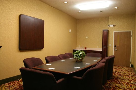 Scottsbluff, NE: Board Room