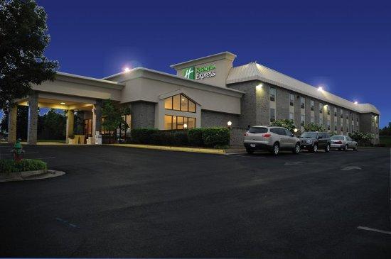 Stephens City, VA: Hotel Exterior