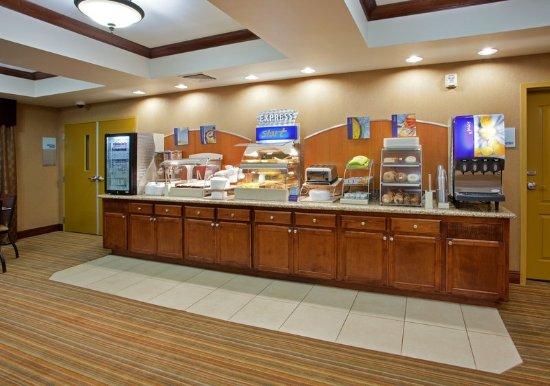 Breakfast Bar at Holiday Inn Express Willows, California