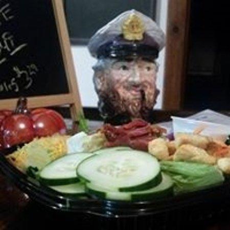 Lamar, MO: Cabin Salad
