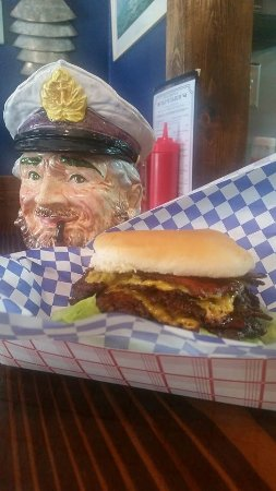 Lamar, MO: Bacon double cheeseburger!
