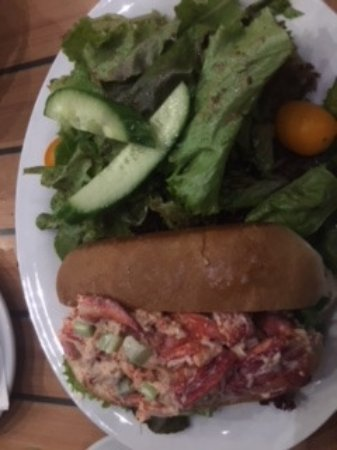 South Kingstown, RI: Lobster Roll
