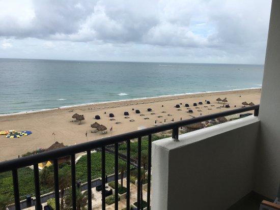 Fort Lauderdale Marriott Harbor Beach Resort & Spa : photo0.jpg