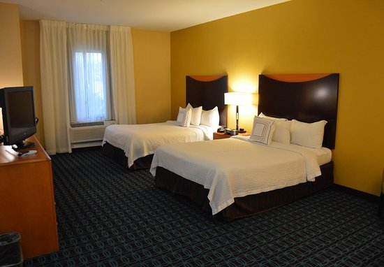 Channelview, TX: Queen/Queen Guest Room