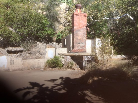 Solstice Canyon: Robert's Ranch at the end of the trail