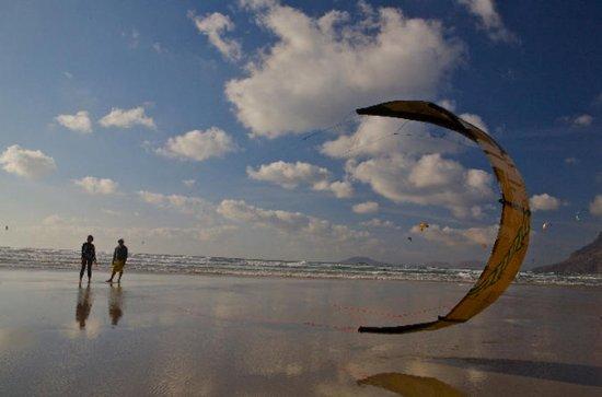 3-Day Introduction to Kitesurfing Private Course in La Graciosa