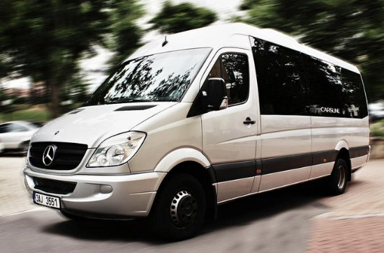 With comfortable minibus Mercedes Sprinter from Passau to Prague