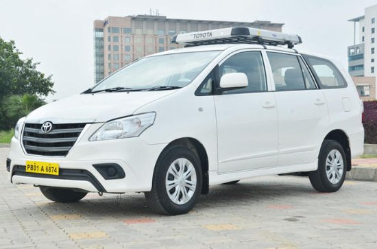 Airport Pickup In Jaipur with Air conditioned Car