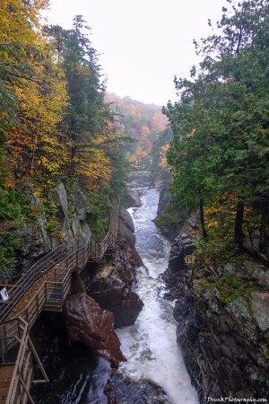 Wilmington, نيويورك: stare down the gorge