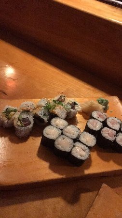 Cafe du Japon: Rainbow roll was outstanding and everything was delicious