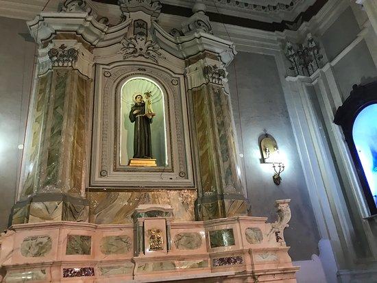 Chiesa Del Monte Dei Morti e Della Misericordia