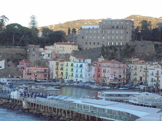 Hotel Admiral Sorrento : MARINA GRANDE FROM THE BALCONY