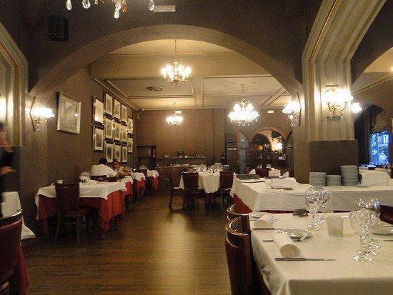 Grande salle à manger - Picture of Hotel President, Andorra la Vella ...
