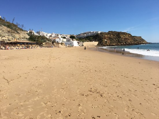 Burgau, Portugal : Lovely sandy beach
