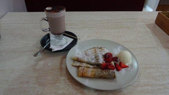 Перт и окрестности, Австралия: Hot chocolate + Nutella crepe
