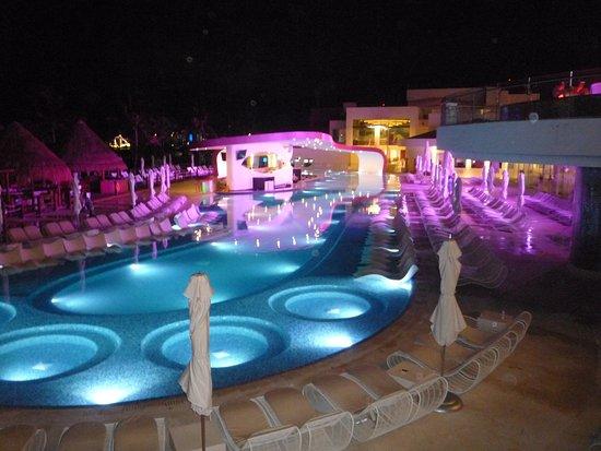 Temptation Cancun Resort Y Pool