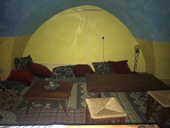Antique Hostel: arab sitting room