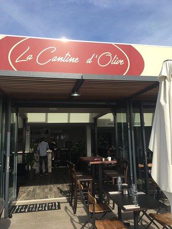 La cantine d 39 olive saint laurent du var restaurant avis - Restaurant port de saint laurent du var ...