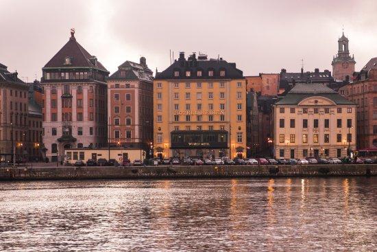 First Hotel Reisen รูปภาพ
