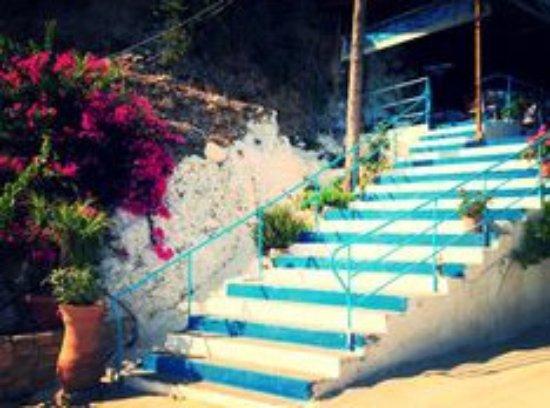staircase to Alikes
