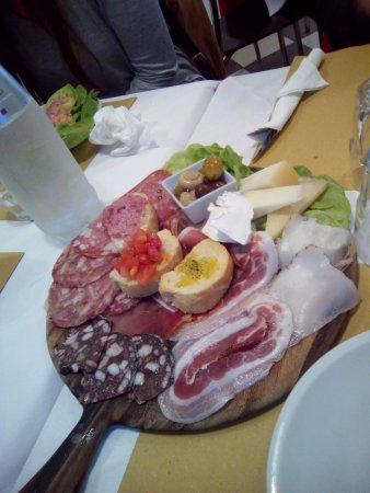 Province of Pisa, Italy: selezione salumi/pecorini