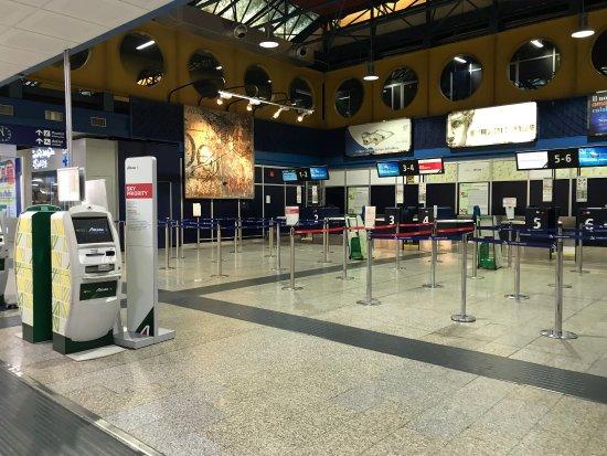 I.A.T. Aeroporto Internazionale di Lamezia Terme